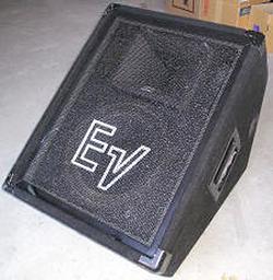 Electro Voice 「FM1202ER」