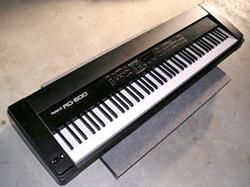 Roland 「RD600」